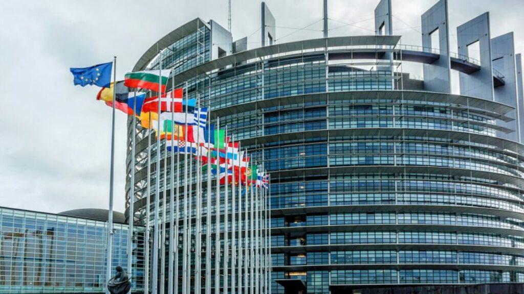 Risoluzione del parlamento europeo in favore del riconoscimento del diritto alla casa